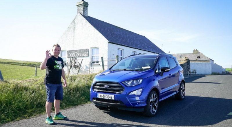 Izlet na hladno Irsko z vročim avtomobilom