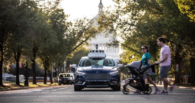 Razvoj Fordovih samovozečih vozil se širi v Washington