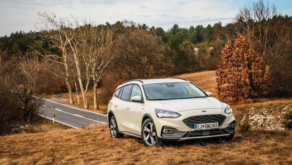 Pustolovski Ford Focus Active odpira nova obzorja