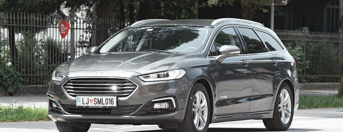 Cestni dirkač: Ford Mondeo Hybrid karavan