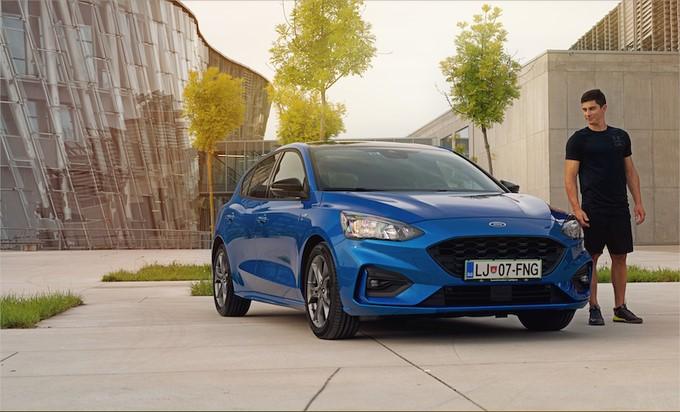 Fordova gospodarska vozila so prva izbira naših mojstrov na belih strminah