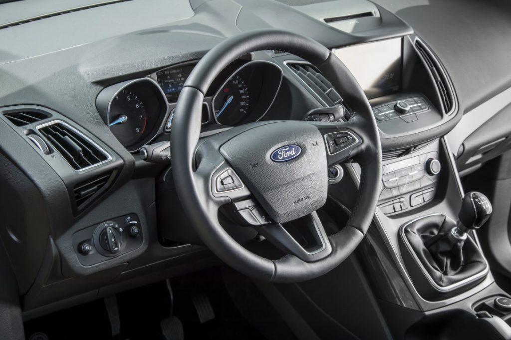 Ford C-max poskrbi za vso družino