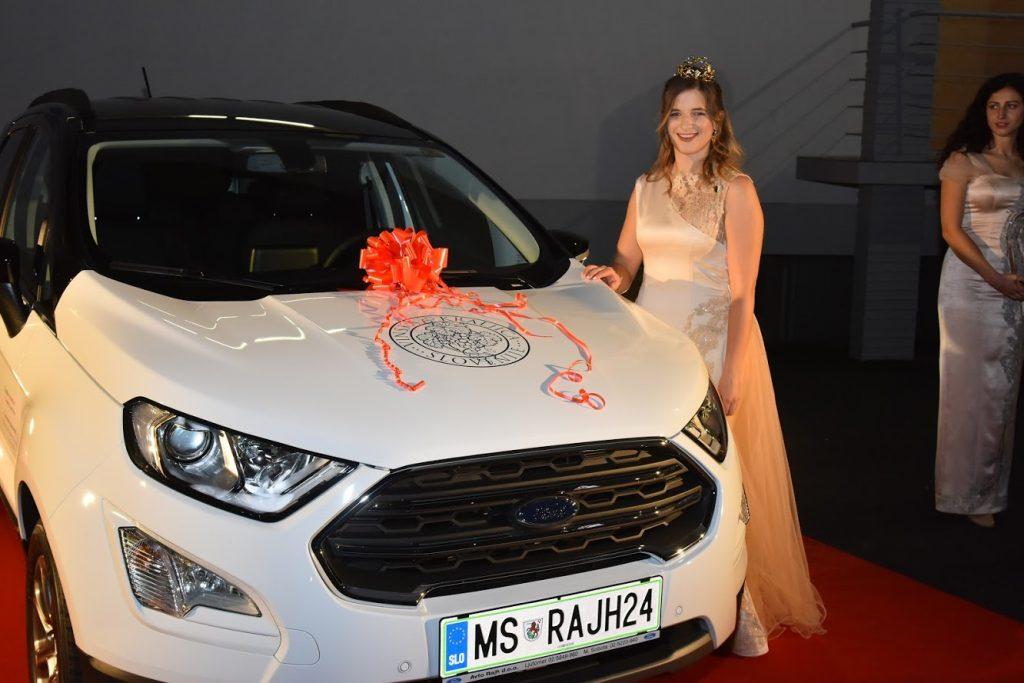 Vinska kraljica Slovenije 2020 vozi atraktiven Ford EcoSport